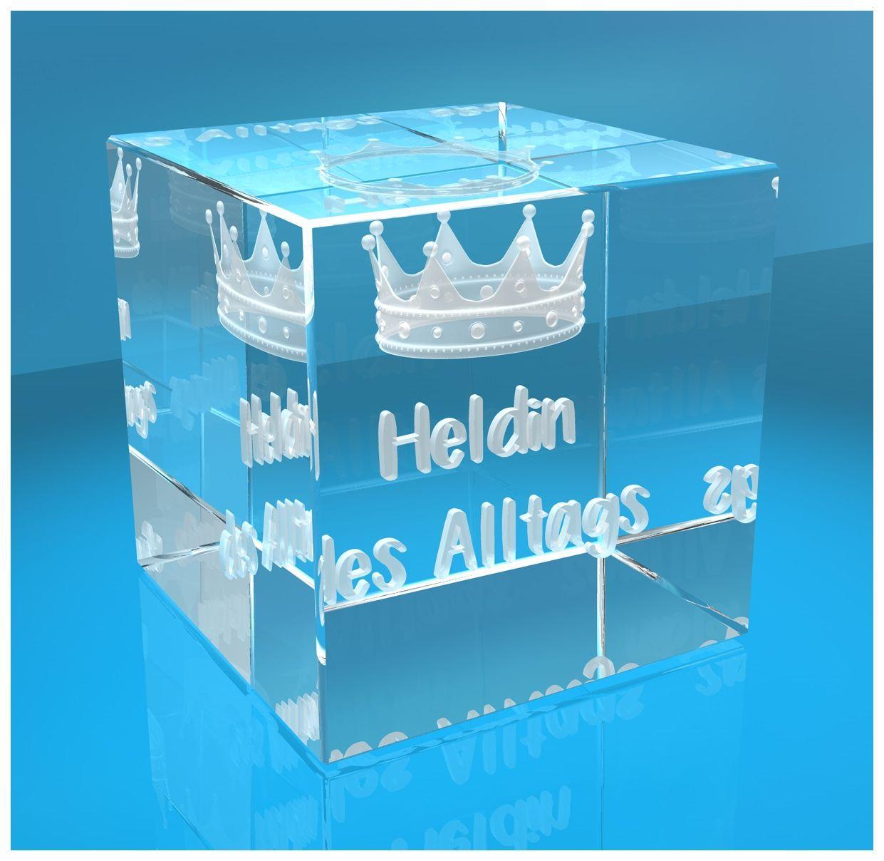 3D Glaswürfel   Motiv: 3D Krone mit Text Heldin des Alltags